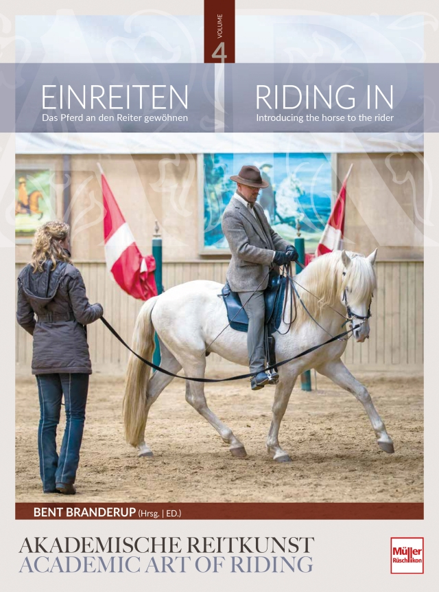 Cover-AR04-Riding-In