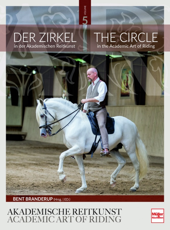 Cover-AR05-the-circle
